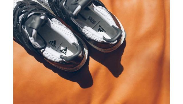 free shipping 0044d 63e1b adidas Originals by ALEXANDER WANG 反骨的街頭異象,週六開賣! 2017.03.31 Fri. adidas  Consortium. adidas Consortium x SNS x Social Status三方聯名登場